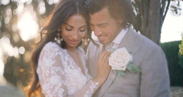 Samara e Steven sposi a Borgo Stomennano